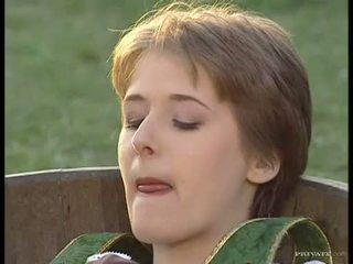 Utendørs loving babe jane elskling eagerly takes en lang pikk i henne juicy munn