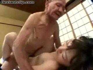 Poor jepang murid wedok fucked by old fart