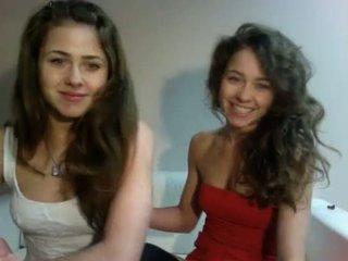 Erotic Show Polish Teenagers Twins (dziewczynka17 from showup)