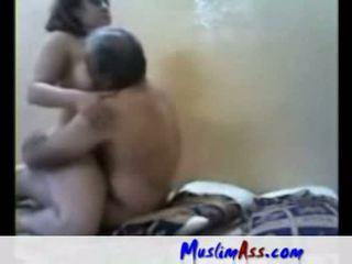 Arab 懒妇 性交 由 老 男人