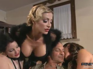 Vittoria Risi Licks A Horn Till Taking It In Her Sleaze Mound
