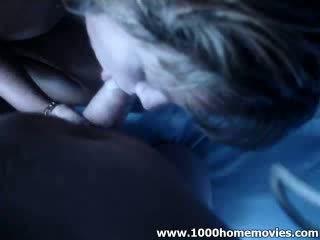 Blond beib tšikk löök extractingjob ta loves kuni imema extracting tema poiss sõber poolt moon