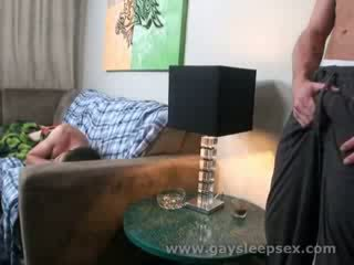 Natutulog roomate woken up upang sexual situation