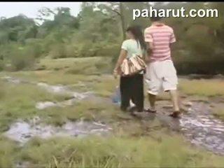 ホット タイの セックス で 公共