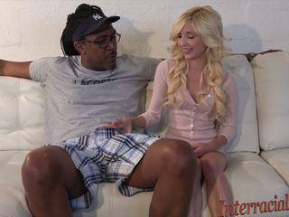 80lb blond takes på 12 inch største svart kuk: hd porno b4