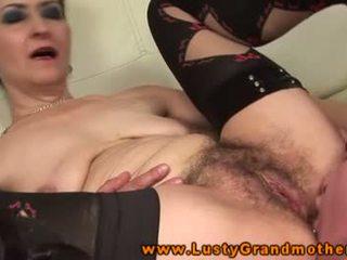 Fetiš babičky pussylicked a fucked