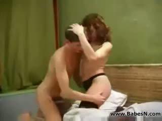 Russa maduros aunty sexo com jovem gajo