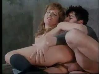 Anita rinaldi ondeugend tiener gets hard anaal punishment