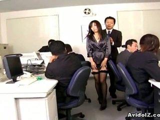 Ķīnieši birojs vāvere banged līdz viņai erotisks men