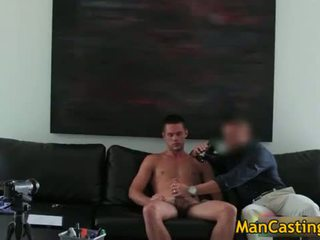 Sexy dekhengst mike sucks jizzster