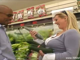 Puti wifey picked up by bbc <span class=duration>- 27 min</span>
