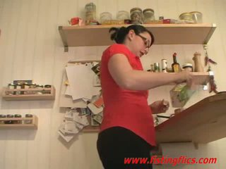 Amateur wife anal fisted in the kitchen