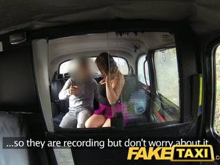Faketaxi randy lady wants till parten