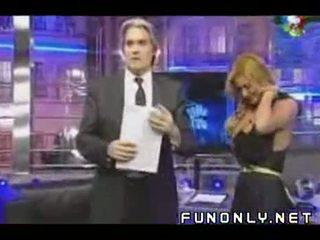 Boob slip op argentijns tv
