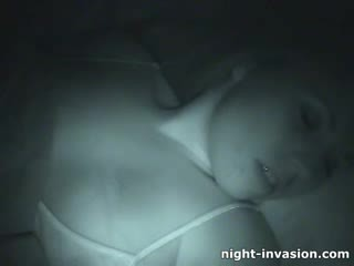 Bigtit jatty fingered in sleep