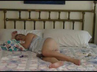 Moshë e pjekur çift bedtime qirje video