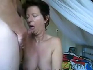 Facefuck зріла мама дружина