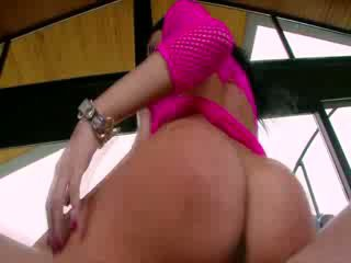 Busty big ass hottie gets fucked