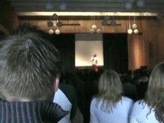 Norvegiškas h.s. mergaitė running už klasė prezidentas st