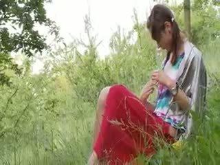 Латвійка natashas назад для природа