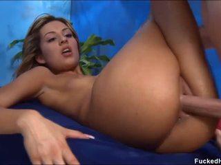 Lakuriq për të saj seksual masazh