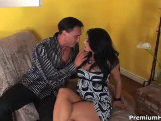 Kylie rachelle takes огромен хуй