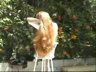 Carmella largo pelo brushing y trenzas, porno f8