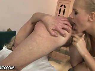 kissing, piercings, pussy licking