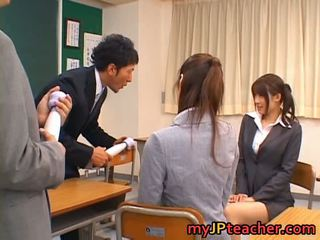 Junna aoki dhe erika kirihara sexy bukuroshe