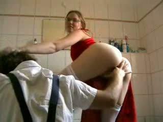 Blondinke zajebal s the plumber video