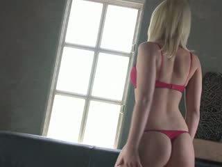 Sehr heiß blondy