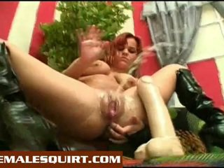 Sexy poussins chaud solo squirting masturbations