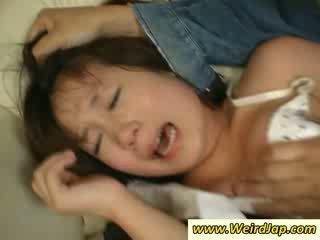 Stretta bodied asiatico maids gets punito