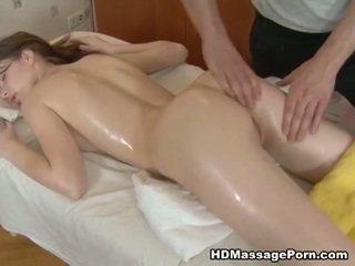 Miang/gatal masseur bangs yang seksi pelanggan
