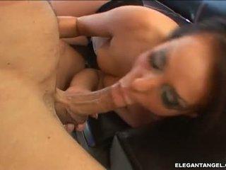 Puke par viņai seja porno