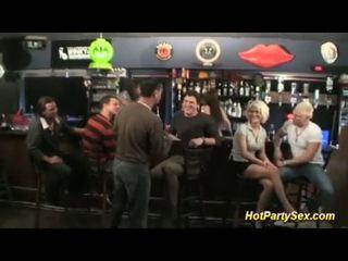 تحول جنسى في ال cocktail شريط