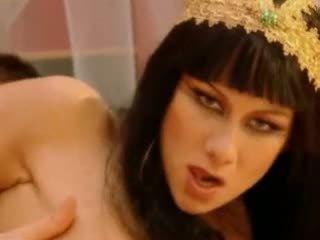 Julia taylor cleopatra 视频