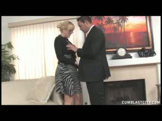 Alana evans 手コキ
