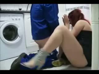 Overspel vrouw having seks met de handyman