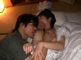 जापानी, बड़े स्तन, चाटना