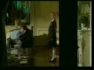 Two italiensk skole jenter knulling med henne onkel