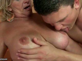 Grandmas pohlaví sestavování