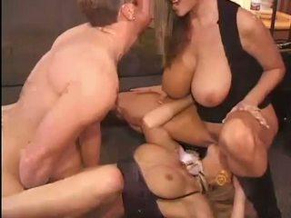 Gorące kelly madison i michelle b gets ich słodkie cipki hammered ciężko