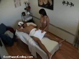 Een chinees meisje masturberen een clients groot dong
