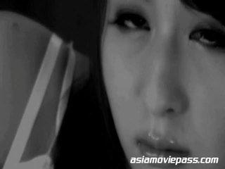 I ri japoneze derdhje e shumfishtë në fytyrë facials shows në japoni