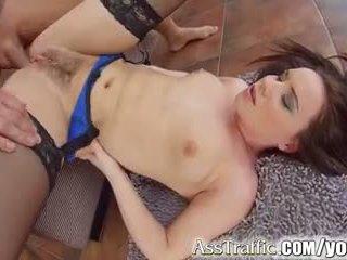 briunetė, analinis seksas, asilas šūdas