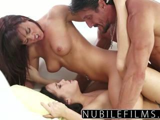 Megan regen lesbisch dare en erotisch trio: gratis porno 04