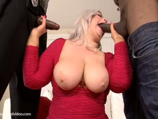 Large Booty White Honey Klaudia Kelly DP'ed By Big Chocolate Joysticks