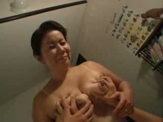 Japonia mama having sex cu ei stepson video