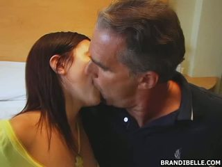 Raucous in seksi fafanje
